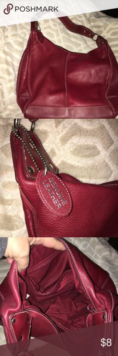 Genuine Leather Purse 👛 Medium size. Very nice Medium size purse. BURGUNDY Color. Great condition.  The strap is NOT Adjustable.    15x10 Bags Shoulder Bags