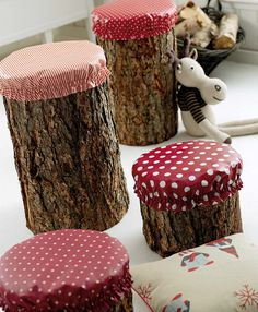 log stools boomstammen paddestoel (these would make great stools around the firepit! Log Chairs, Log Stools, Wooden Stools, Outdoor Fun, Outdoor Decor, Outdoor Stools, Rustic Outdoor, Outdoor Fabric, Outdoor Camping