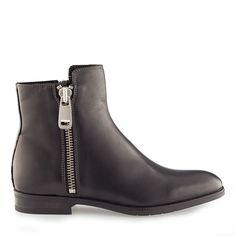 Botine dama negre 4030 piele naturala Rubber Rain Boots, Chelsea Boots, Biker, Booty, Shoes, Ideas, Fashion, Color, Moda