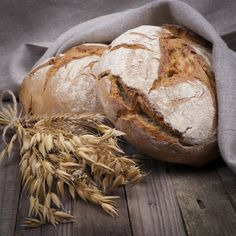Is Gluten Sensitivity Real? As I even suggested, non-celiac gluten sensitivity may need to be renamed; researchers have suggested non-celiac wheat sensitivity.it might be something else, not gluten. Brioche Companion, Scones, No Gluten Diet, Gluten Test, Paleo Diet, Low Fiber Diet, Fresh Bread, Fodmap, Health And Nutrition