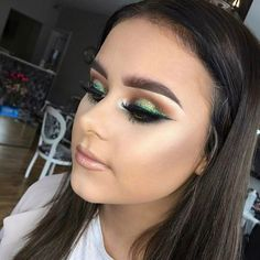 """373 Likes, 3 Comments - Pout (@poutpatrol) on Instagram: """"_ Happy St. Patrick's day _ For Any bookings with Amanda it's only £30 inc lashes _ #makeup…"""""""