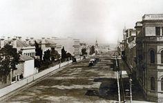 Vintage Melbourne in Black & White - Collin St