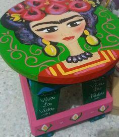 Banquito de Madera Frida