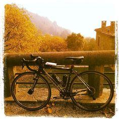 First training session with fog... #cycletherapy #Caadotto #training #allenamento #senzabicinonsostare #igerspadova #igersbike #italiabellissima #bici #bike #velo #bicicletta #bicycle #pushbike #ciclismo #cycling #cicloturismo #ciclotourism #usalabici #pedalaognigiorno #pedalaognitanto #amore #love #passione #passion #autunno #autumn #bikelife #cycletourisme #cyclinglife
