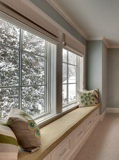 House of Turquoise: Great Neighborhood Homes Window seat in bedroom