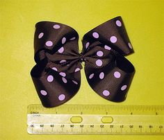 Free HairBow Instructions - Lots of different styles of bows.
