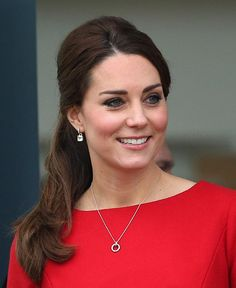 Kate Middleton carries out EACH charity engagement - Photo 6   Celebrity news in hellomagazine.com