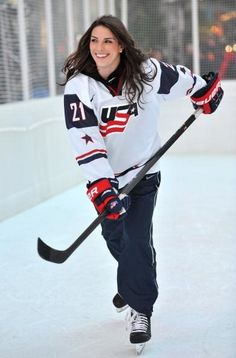 GO Girls!? USA women's hockey team members at 2014 Winter Olympics (20 Photos)