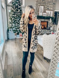 This cardigan! Leopard print is everything for the season! Casual Fall Outfits, Winter Fashion Outfits, Fall Winter Outfits, Autumn Winter Fashion, Cute Outfits, Winter Style, Emo Outfits, Winter Clothes, Summer Outfits