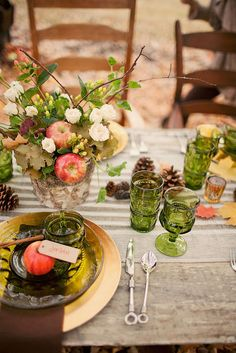 fall tablescape. Love the green glassware.