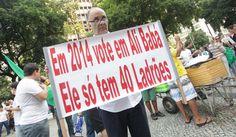 Em 2014, voto em Ali Babá..  #VemPraRua #OGiganteAcordou #ForaFeliciano #ForaFelicianus #ForaRenan  #NaoPec37 #ChangeBrazil #SemViolencia   tumblr_moprh7DnRG1sviun7o1_500.jpg (500×291)