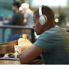 Lose the noise and wires with Bose QuietComfort 35 wireless smart headphones. Get world-class noise cancellation with our comfortable wireless headphones. Music Headphones, Best Headphones, Noise Cancelling Headphones, Wireless Headphones, Over Ear Headphones, Teenager Posts Sarcasm, Awkward Moments, Bose, Swagg
