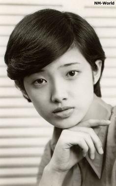 Yamaguchi Momoe (Singer) 山口百恵