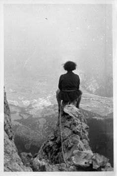 Christine L. Reid, on a Rock of a Mountain Peak, 1936 Thanksgiving Day Parade, National Archives, Photo L, Library Of Congress, Top Of The World, Solitude, Norway, The Past, San