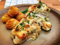 Videóreceptek Archives - Page 2 of 27 - GastroHobbi Mozzarella, Cauliflower, Chicken, Meat, Vegetables, Breakfast, Recipes, Food, Morning Coffee
