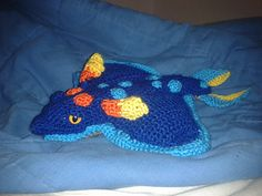 Subnautica is an amazing game about exploring the waters of another planet. You meet a variety of alien fish, of which my favourite is the Rabbit Ray, so I designed a crochet pattern to make my own.