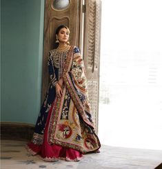 Iranian Women Fashion, Womens Fashion, Nida Azwer, Silk Kurti Designs, Bride Necklace, Gowns For Girls, Groom Outfit, Pakistani Dresses, Indian Outfits