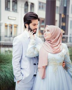 pink hijab princessa lies here Cute Muslim Couples, Muslim Girls, Muslim Women, Romantic Couples, Cute Couples, Wedding Photoshoot, Wedding Pics, Wedding Couples, Wedding Dresses