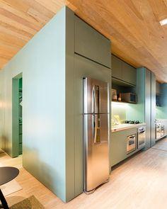 cozinha compacta com personalidade | #suitearquitetos