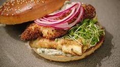 Fishburger met gepaneerde schelvis | Dagelijkse kost
