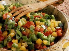Découvrez la recette Salade aux trois poivrons sur cuisineactuelle.fr.