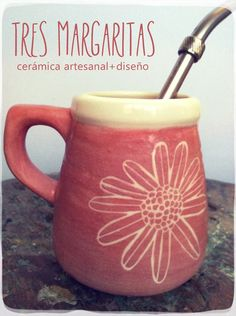 Cerámica & Diseño-Tres Margaritas Sgraffito, Just Do It, Tea Time, Decoupage, Projects To Try, Clay, Mugs, Tableware, Bari