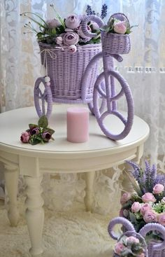 Fotos de Olga Nosareva Jute Crafts, Diy Arts And Crafts, Newspaper Art, Arte Floral, Tiny Flowers, Flower Decorations, Wicker, Weaving, Photo Wall