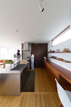 川西GREEN HOUSE: ラブデザインホームズ/LOVE DESIGN HOMESが手掛けたシステムキッチンです。
