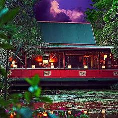 The Spirit House, Yandina, QLD. Thai restaurant and cooking school in the most beautiful rainforest setting. A feast for the senses. Best Thai Restaurant, Coast Restaurant, Places To Eat Dinner, Sbs Food, Great Days Out, Sunshine Coast, Long Weekend, The Good Place, Seen