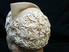 1920s 30s Vintage BETTY CO ED HATS OF YOUTH GROSGRAIN ROSETTE CLOCHE HAT