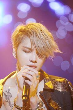 JYJ Jaejoong rocked his solo concert in Gwangju. http://www.kpopstarz.com/tags/jyj