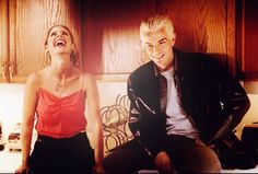 Sarah and James, behind the scenes Buffy....love this picture <3
