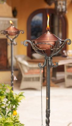 Handcrafted in pure copper and sturdy iron, our gorgeous Regent Torches are an exceptional value.