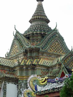 Travel Asian Thailand Beautiful temples of Wat Arun in Bangkok, Thailand (by D^^).