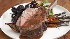 Whole Roast Rib Eye of Beef Bone In Ribeye Roast, Fresh Horseradish, Beef Ribs, Roast Recipes, Beef Dishes, Eyes, Lamb, Slow Cooking, Gourmet