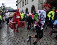 Najsympatyczniejsze pożegnanie starego roku w Krakowie - zdjęcie 15 Hats, Sports, Fashion, Hs Sports, Moda, Hat, Fashion Styles, Sport, Fashion Illustrations
