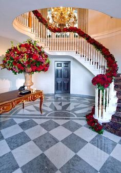 While shortlisting your wedding decor elements, never forget the stairs. We have got you some elegant decor ideas for the staircase at your wedding venue. #stairs #decor #staircase #stairdecor #staircasedecor #indianweddingdecor #indianweddings #weddingdecor #homeweddingsdecor #decorinspiration #decorideas #bridalinspiration #bridal #indianbrides #indoordecor #floraldecor #lockdownweddings #weddingsathome #homeweddings