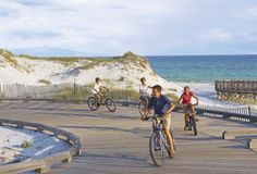 Use our new travel calendar to make this your best vacation year yet. Hiking Places, Hiking Spots, Best Places To Travel, Oh The Places You'll Go, Hiking Trails, Vacation Deals, Travel Deals, Orlando Parks