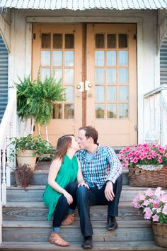 Mckinney, Tx Engagement Photography - © Cottonwood Road Photography #frontporch #flowers #kiss http://www.cottonwoodroadphotography.com/blog/2014/7/2/melisa-jordan