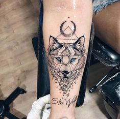 tattoos for women small; Source by Great Designs For Small Tattoo İdeas And Small Tattoos – Page 39 of 50 tattoo designs; tattoos for women small; Wolf Tattoos For Women, Tattoo Designs For Women, Unique Women Tattoos, Female Leg Tattoos, Female Lion Tattoo, Unique Animal Tattoos, Tattoos For Women Small Meaningful, Body Art Tattoos, Couple Tattoos