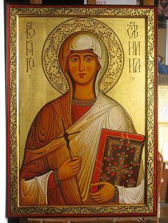 St. Nino of Georgia More icons of venerable saints: http://whispersofanimmortalist.blogspot.com/2015/05/icons-of-venerables-2.html