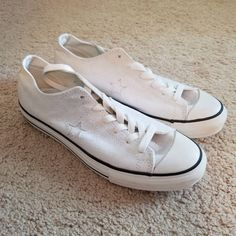 Shop Women's Converse White size 8 Sneakers at a discounted price at Poshmark. Description: Converse One Star White Shoes, New Without Tags. Converse One Star, Converse Shoes, Shoes Sneakers, Star Wars, White Shoes, Tags, Things To Sell, Black, Color