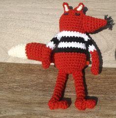 Kézzel horgolt saját tervezésű róka. Mérete: 21cm Dinosaur Stuffed Animal, Crochet Hats, Toys, Animals, Design, Knitting Hats, Activity Toys, Animales, Animaux