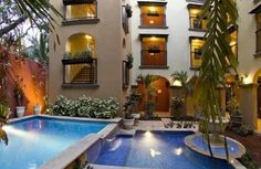 Tamarindo Beach Condo With Air Conditioning Including Jacuzzi And Pool Just 2 Blocks From Beach Tamarindo