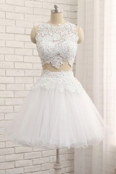 White Tulle Short Two Pieces Homecoming Dress, Lace Prom Dress From Sweetheart Dress on Luulla Cheap Short Prom Dresses, Cute Prom Dresses, Sexy Dresses, White Quinceanera Dresses, White Homecoming Dresses, Quinceanera Ideas, Party Dresses, Evening Dress Long, Formal Evening Dresses