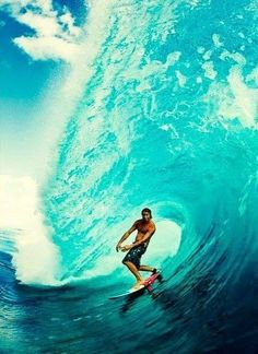 .Shore break, surf, surfing, waves, big waves, barrel, ocean, sea, water, swell, surf culture, island, beach, salt life, #surfing #surf #waves