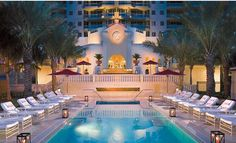 aqualina resort Sunny Isle Beach Miami