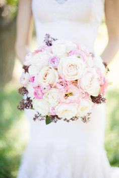 Luxury-Wedding-Inspiration-from-Greece-Cecelina-Photography-Bridal-Musings-Wedding-Blog-28.jpg 630×945 pixels