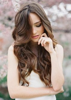 51 Trendy Wedding Hairstyles With Veil Hair Down Waves Wavy Wedding Hair, Long Wavy Hair, Bridal Hair, Long Curly, Wedding Veils, Loose Curls Wedding, Wedding Dress, Veil Hairstyles, Wedding Hairstyles For Long Hair