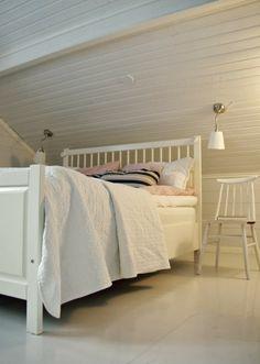 Sänglösning på vinden / rintamamiestalo / scandinavian home